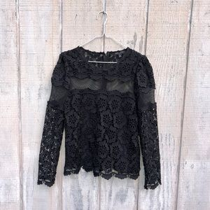 {Romeo + Juliet Couture} Lace Top! Size M